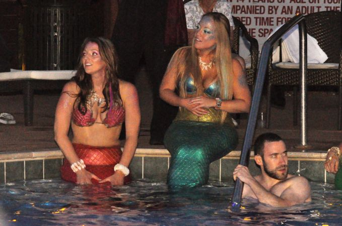 Mermaid Convention Photography #289<br>3,218 x 2,134<br>Published 8 months ago
