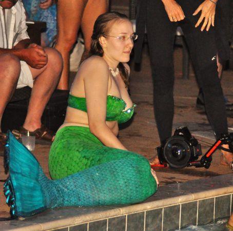 Mermaid Convention Photography #290<br>2,620 x 2,596<br>Published 8 months ago
