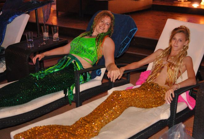 Mermaid Convention Photography #312<br>4,015 x 2,733<br>Published 8 months ago